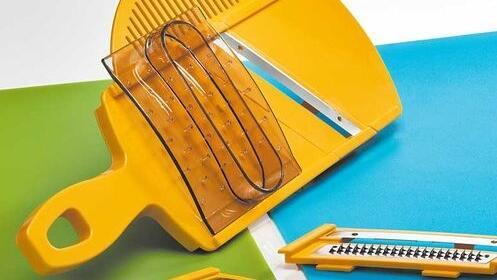 Mandolina ideal para cortar y rallar alimentos