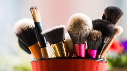 Sesión de maquillaje completo + Evento personalizado 3M