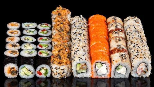 Bandeja con 25 piezas de sushi para llevar descuento 58 15 9 oferplan oferplan diario - Bandejas para sushi ...