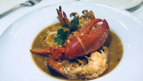 ¡Delicioso arroz con bogavante y más en el Hotel Villa Antilla de Orio!