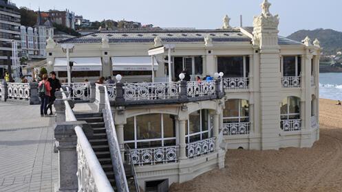 Ven a probar pilates en el Club Atlético SS ¡¡¡con vistas al mar!!!