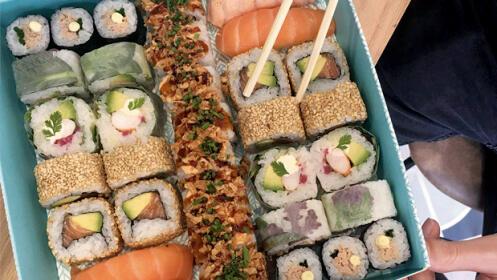 ¡Sushi Box! Una selección especial de 34. piezas variadas