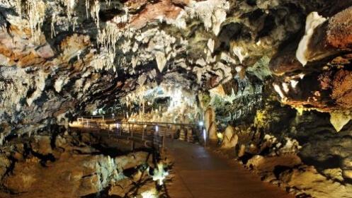 Escapada a Cantabria con Cueva El Soplao
