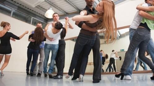 4 clases de baile a elegir
