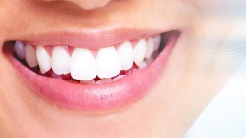 Revisión dental completa, panorámica, higiene dental y pulido de manchas