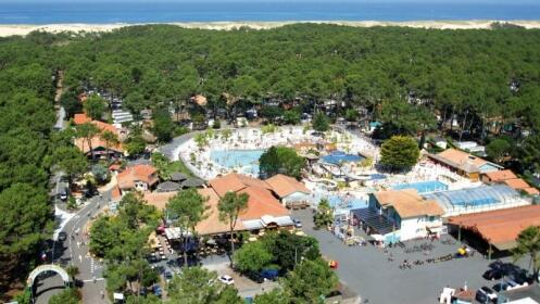 CAMPING 5 ***** VILLAGE RESORT & SPA LE VIEUX PORT  en MESSANGES