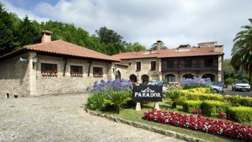 Ruta Paradores: 4d/3n experiencias de peregrinación
