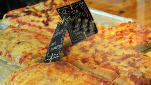 ¡Pizza a elegir + bebida gratis!
