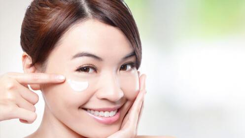 Tratamiento rejuvenecimiento facial on microdermoabrasión  con punta de diamante