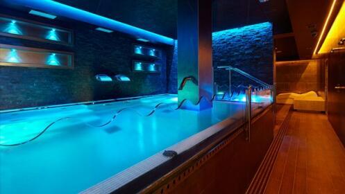 Spa con opción a masaje en Spa Malecón Zarautz ¡Hasta julio!
