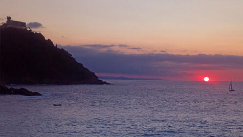 Navegación a vela por la costa donostiarra
